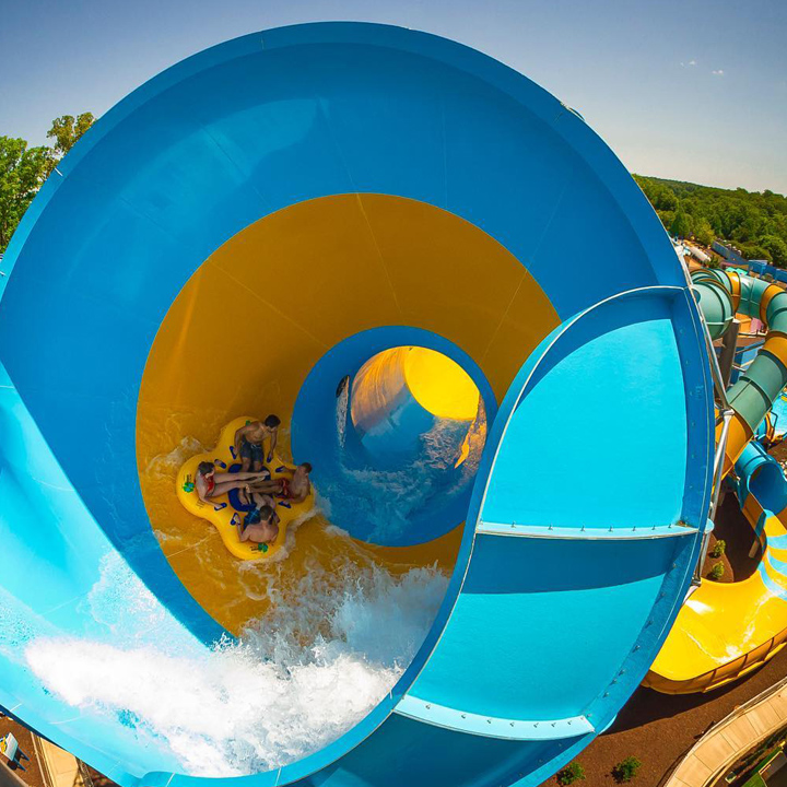 12 Top-Rated & Biggest Water Parks In The World
