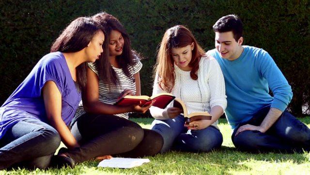 Dinâmicas para Jovens Católicos