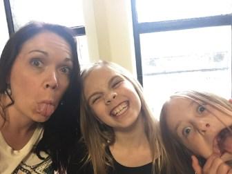 Jennifer Beach Alnwick with her girls