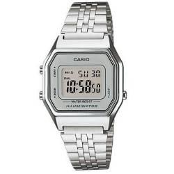 938fc3ae3e3f Reloj Casio retro plateado