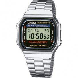 El reloj cásico de la marca CASIO en color plateado.