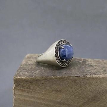 anillo de plata y cianita joyería Zayro