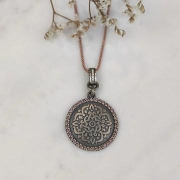 Colgante de plata mandala marróna