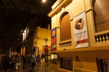 Frente del Museo de Arte Popular José Hernández
