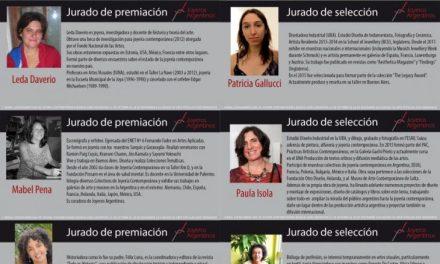 Jurado de la Primera Bienal Latinoamericana de Joyería Contemporánea «Puentes»