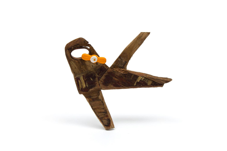 Avion 2 - Broche