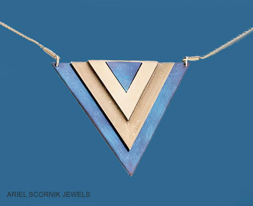 Ariel Scornik -Collar Pitágoras