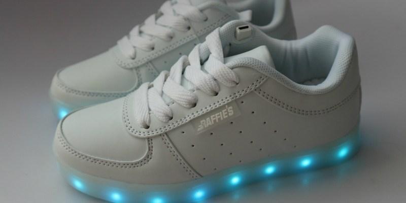 New in   Raffie's Sneakers met led verlichting