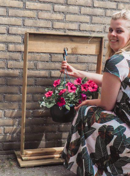 Doe het zelf: Plantenhanger voor in de tuin
