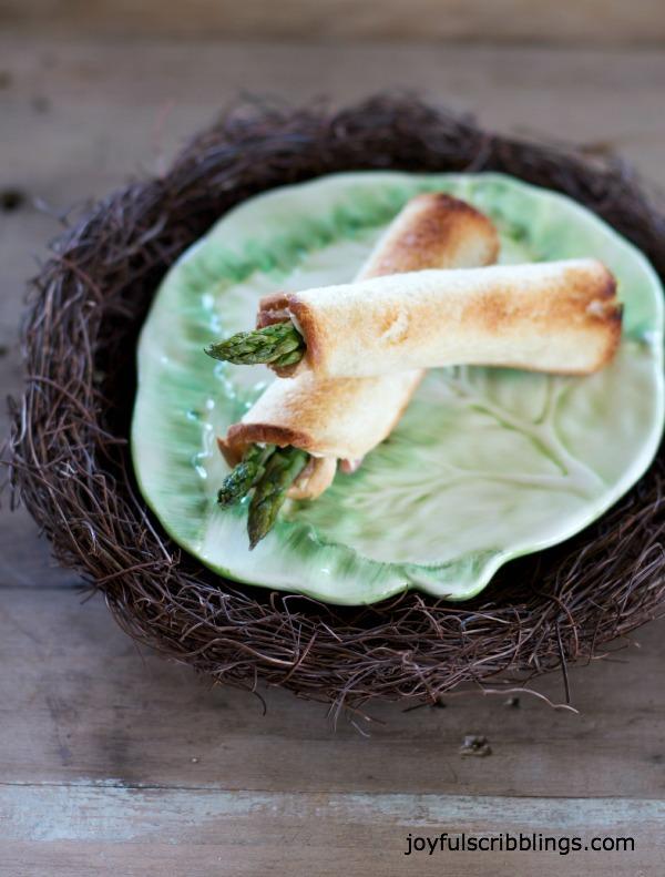 Asparagus Toasts Recipe