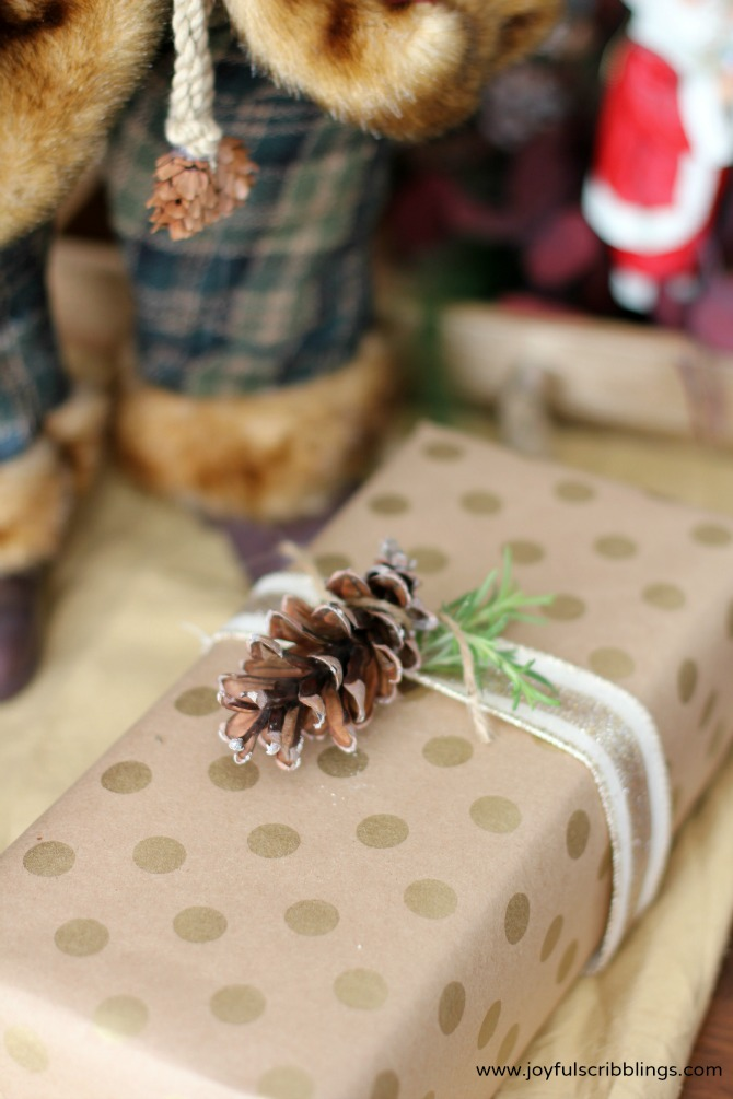 gift wrapping with nature
