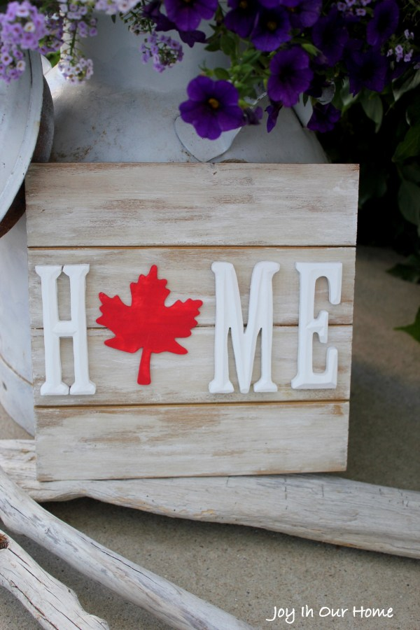 Quick and easy Canada Day sign