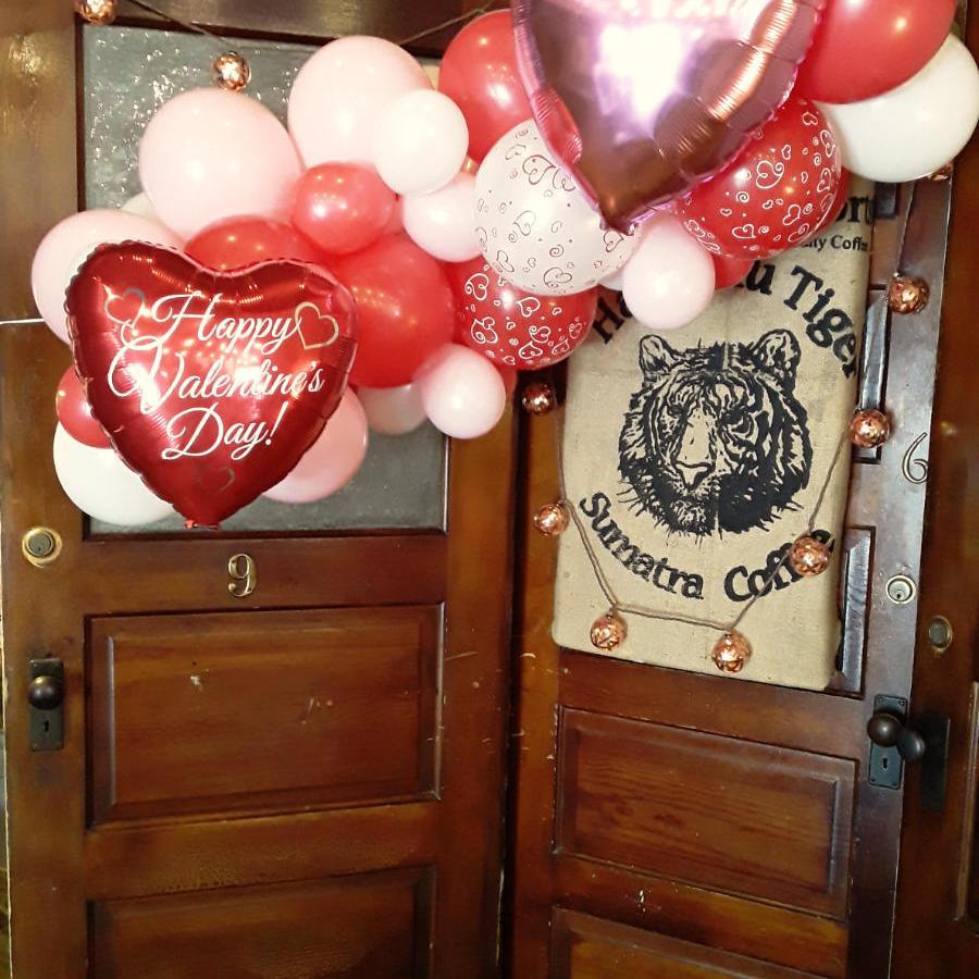 Valentine's Day Balloon Garland