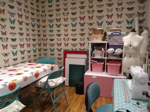 joy to make sewing and crochet room
