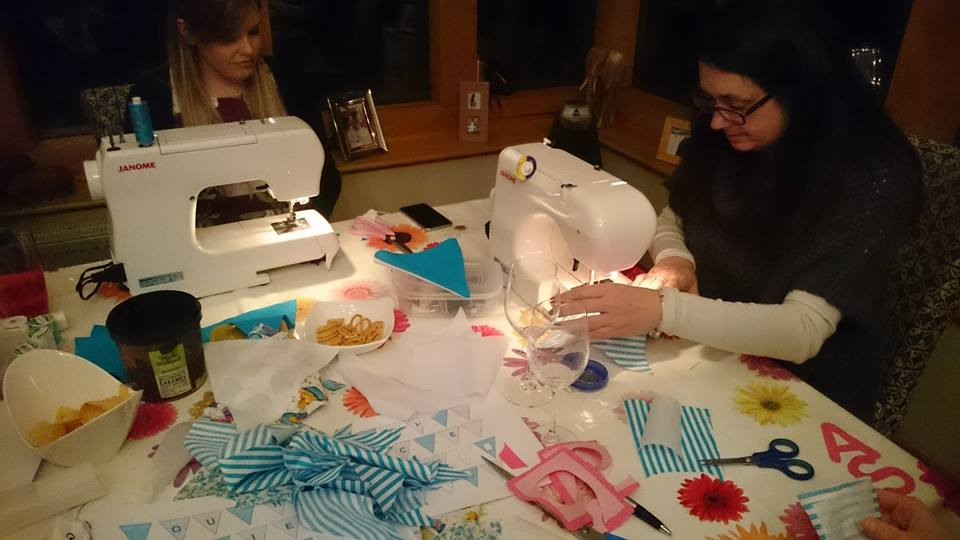 sewing-flags-bunting
