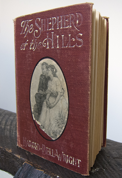photo of the book The Shepherd of the Hills by Harold Bell Wright