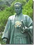 Статуя Хидзикаты Тосидзо в буддийском храме в Токио