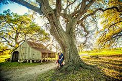 niki+ryan : wiemar texas : the barn at piano bridge : houston engagement photographer
