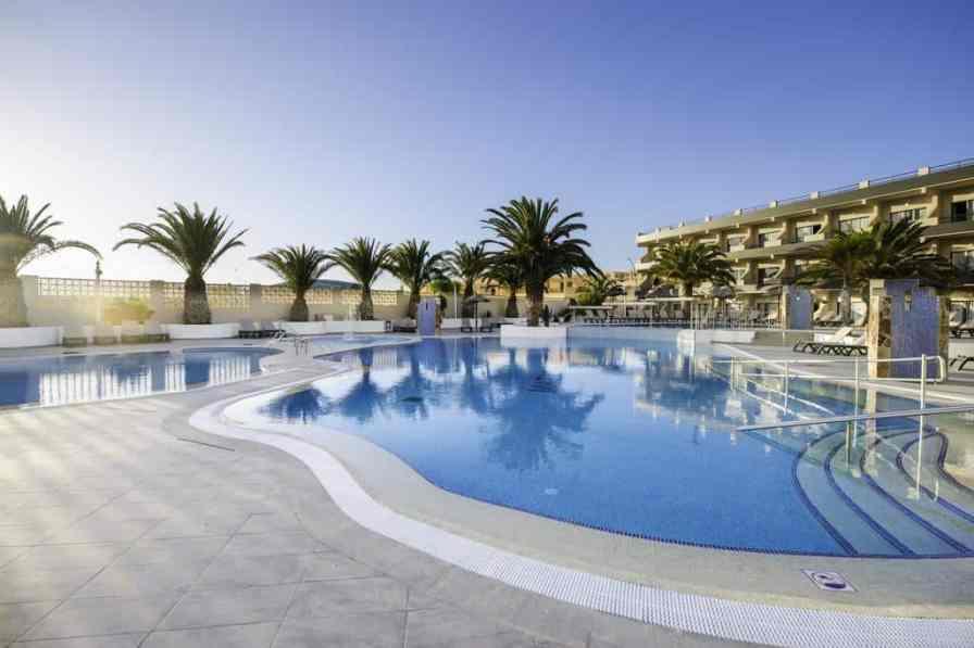 bestr resorts in fuerteventura for couples