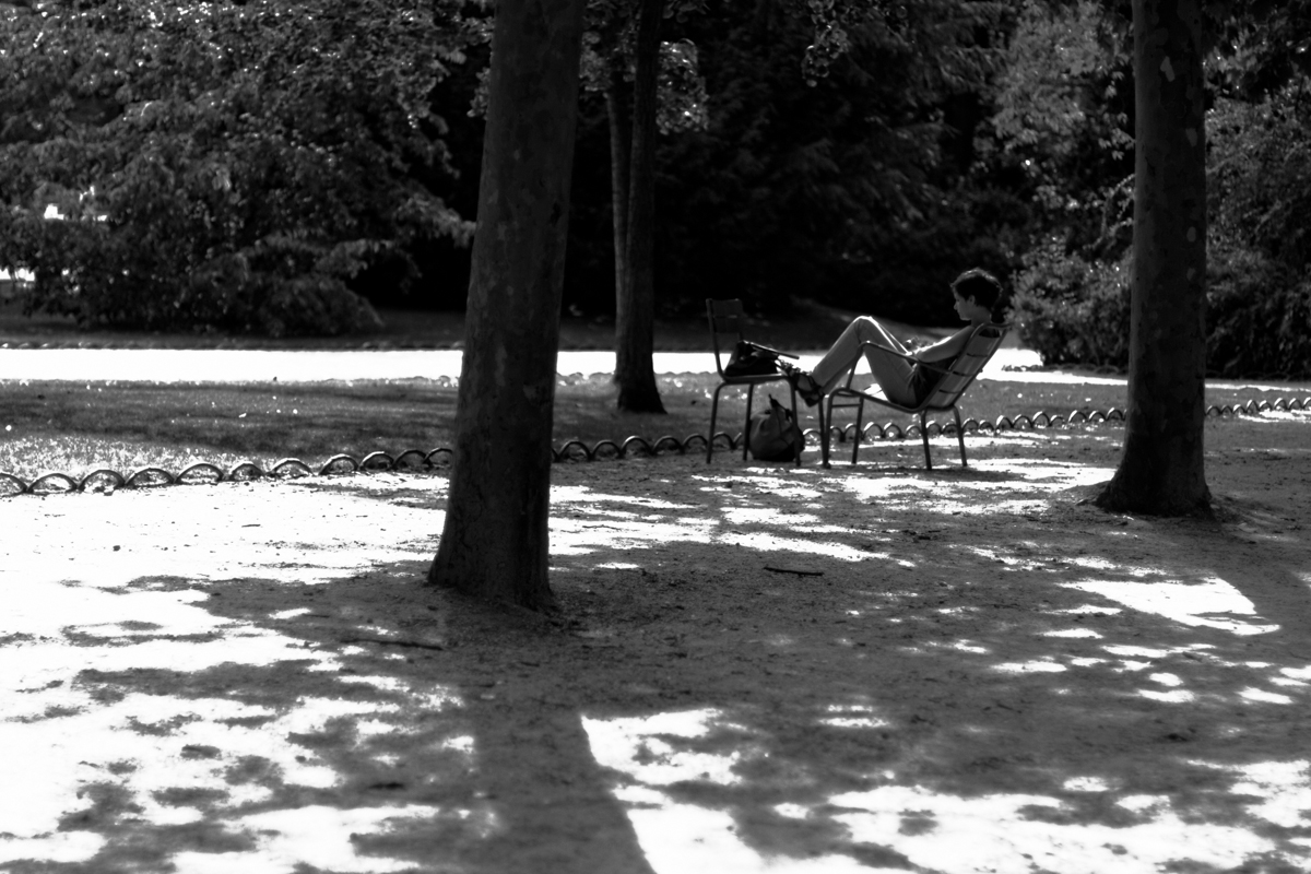 August 2014, Paris, Black and White Street Photography - Jean-Philippe  JouveJean-Philippe Jouve