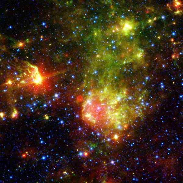 Space Images | Dusty Death of a Massive Star