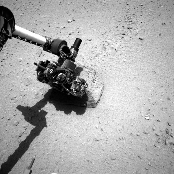 Space Images | Curiosity's Rock-Contact Science Begins