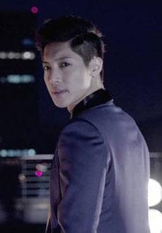 Kim Hyun Joong's Album Exceeds Sales