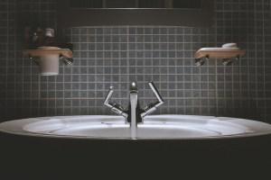 Remodel an attic - Sink in the Bathroom.