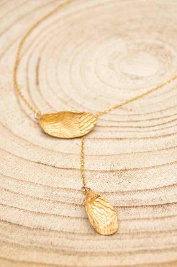 collier avec pendentifs en forme de feuilles en argent 925 plaqué or