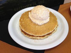 Pumpkin-Patch-Pancakes-Hobbit-Dennys