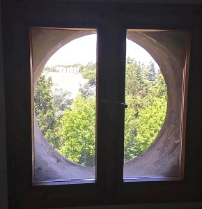 Dozza: finestra Hobbit