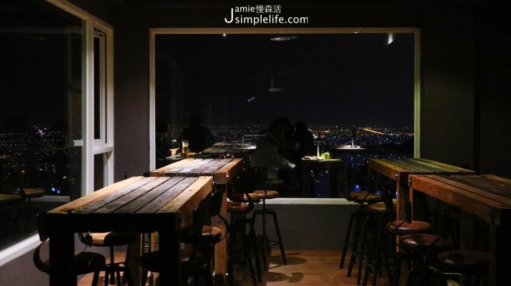 礁溪百萬夜景餐廳!「空ㄟ農場」2樓室內座位