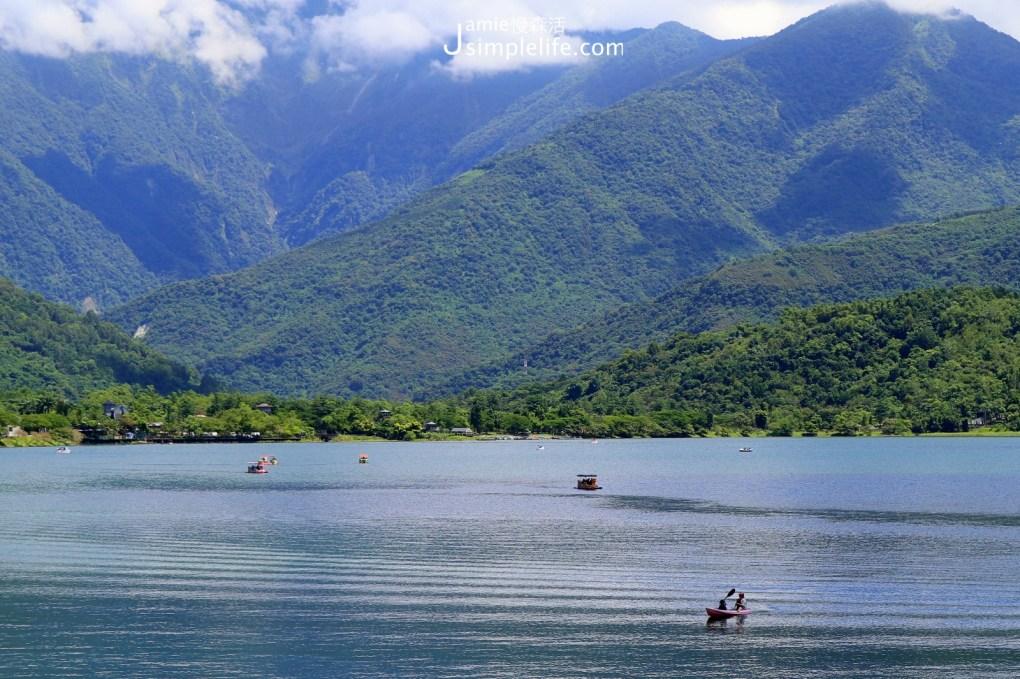宜四季,環花蓮「鯉魚潭」3種玩樂方式    鯉魚潭湖中划船