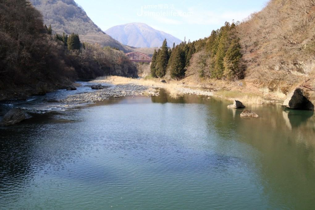 日本福島百年天然奇景「塔崖」福島30景 藤見橋上遠眺風景
