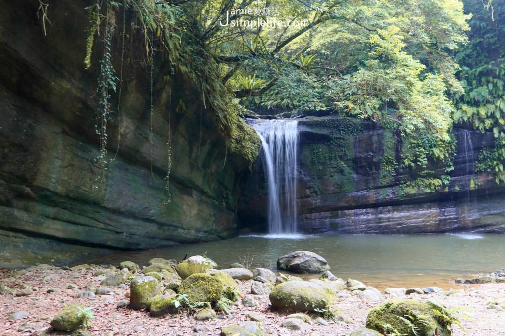 新北平溪望古瀑布