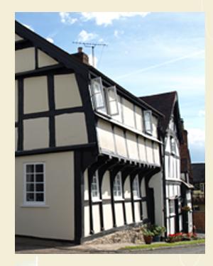 Corner House, Weobley Postcard Closeup - Ref L05
