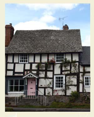 Pembridge Cottages Postcard Closeup - Ref L13