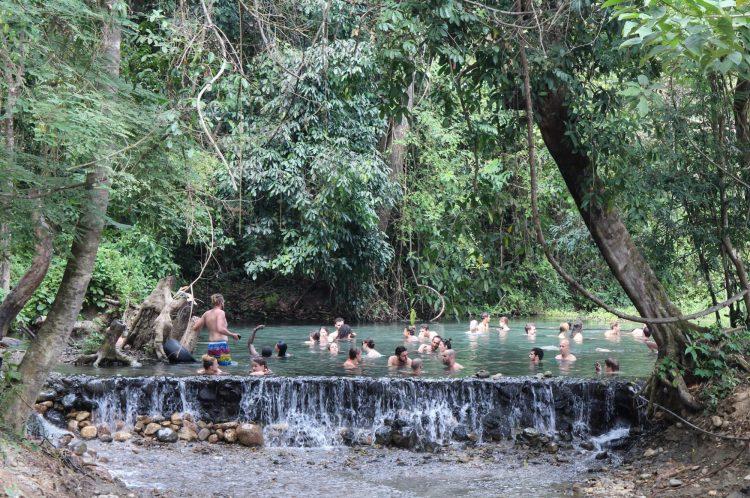 Sources d'eau chaude de Sai Ngam