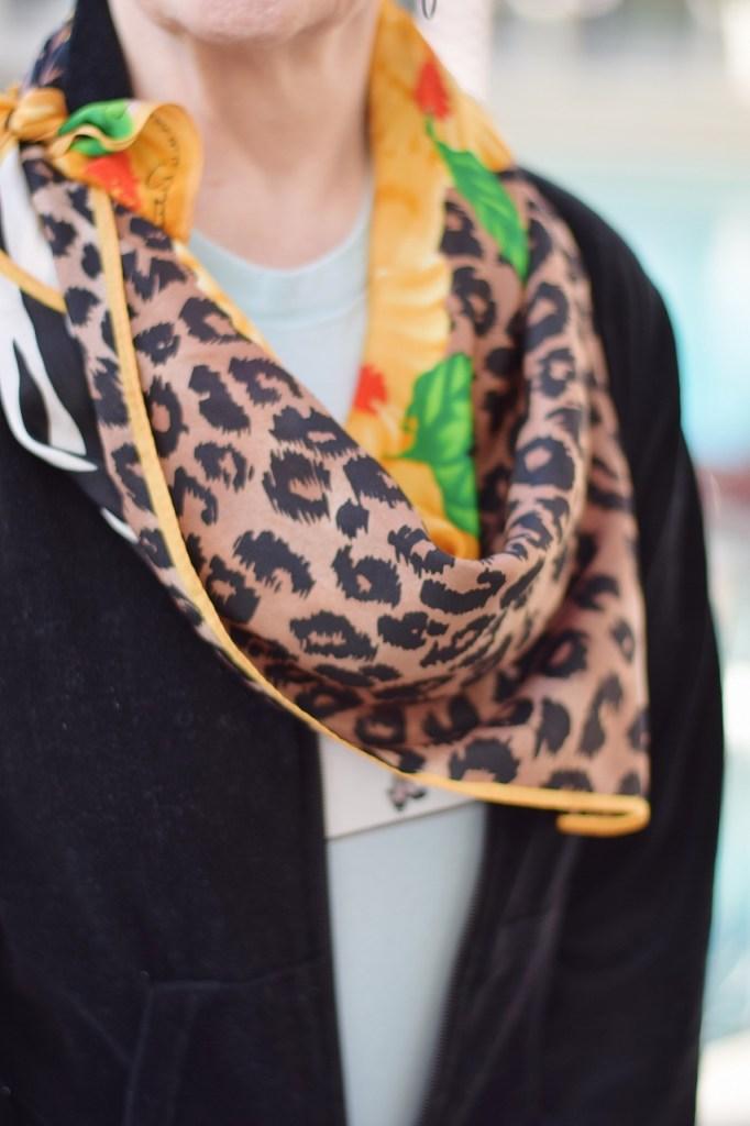 Women & Scarves.