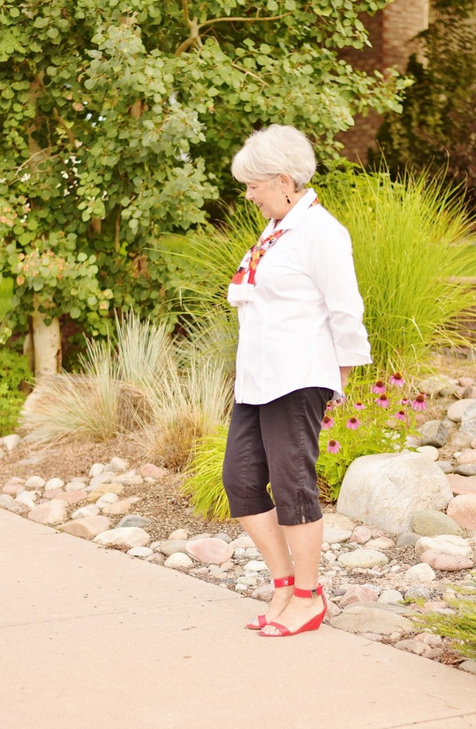 French Chic Style with Capris