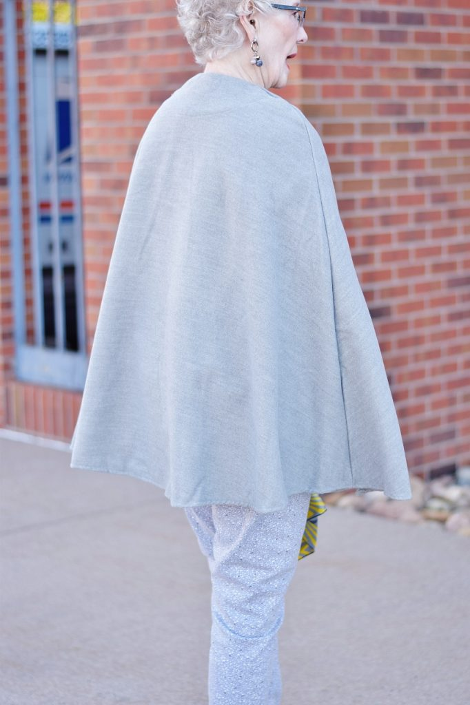 Coats and capes for women