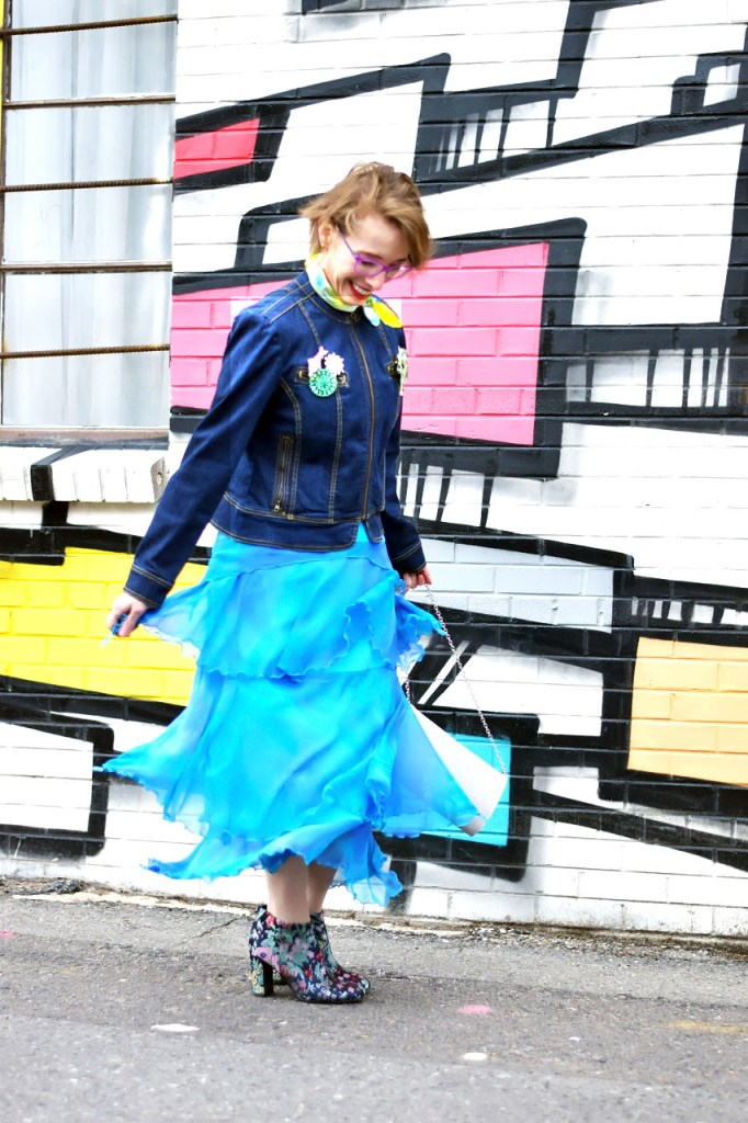 Styling a denim jacket for fun in the spring