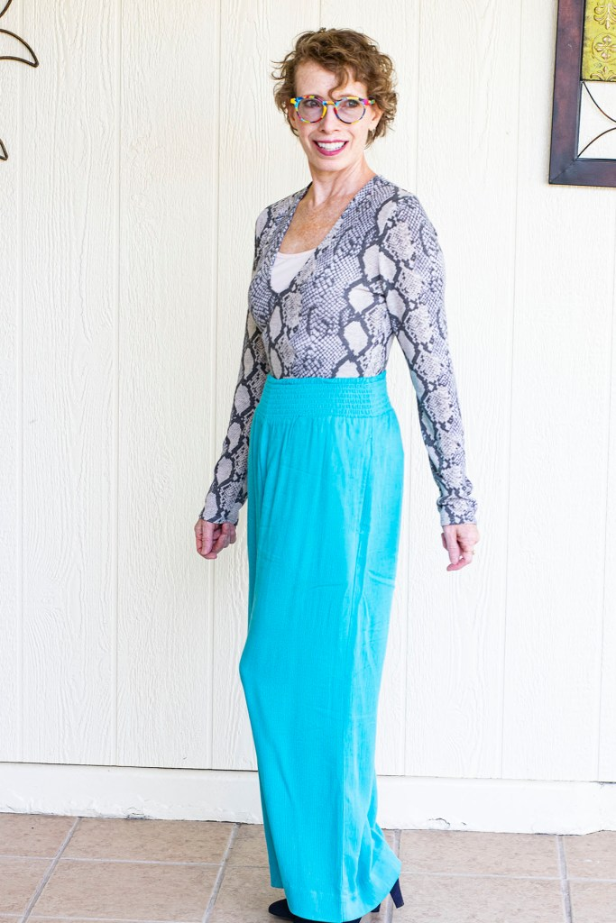 Bodysuit with wide leg pants for curvy shapes