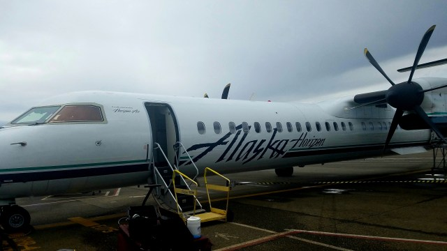 Plane from Seattle to Eugene - 05052017