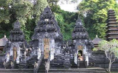 Goa Lawah Bali