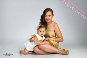 Fotografia perteneciente a la promoción I LOVE MAMI de mamás con hijos