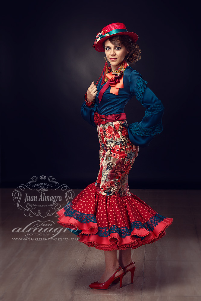 Celia vestida de Traje de Flamenca para las Fiestas Romería 2015