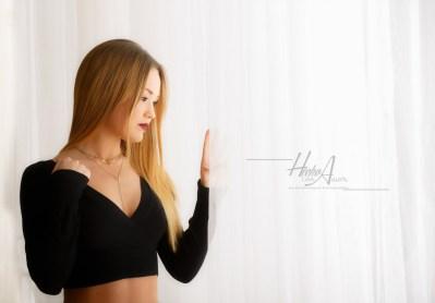 Noelia_sesion-fotos-estudio-elegantes-juan-almagro-fotografos-1