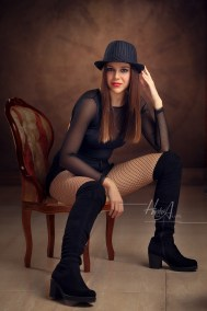Celia_Mora_sesion-estudio-hecho-con-amor-juan-almagro-fotografos-jaen-7