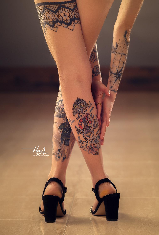 Tatuajes, tatoo inkedgirl en estudio